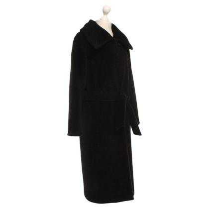 Max Mara Coat in black
