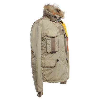 Parajumpers veste vers le bas avec une véritable garniture en fourrure