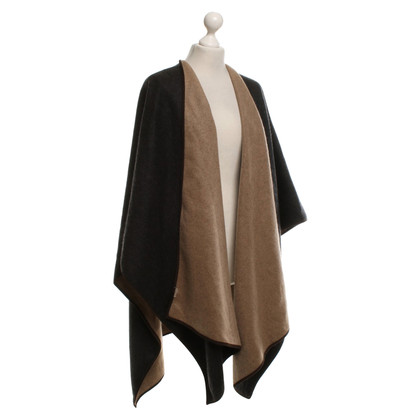 Burberry Cape in dark gray