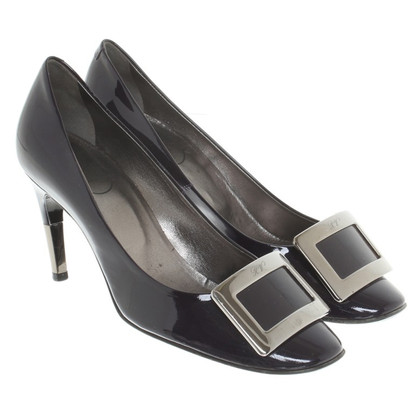 Roger Vivier pumps in patent leather