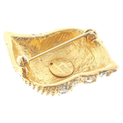 Nina Ricci Shell brooch with jewelry