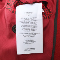 Closed Coat in red