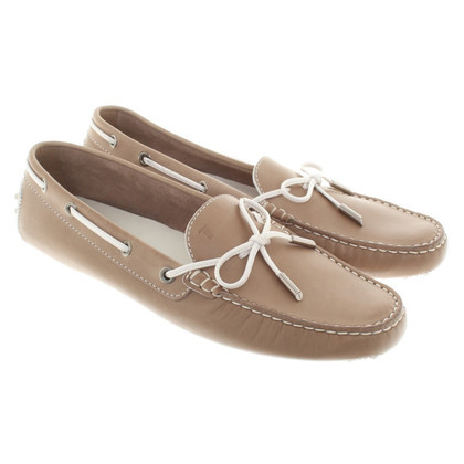 Tod's Leather Loafer in Beige