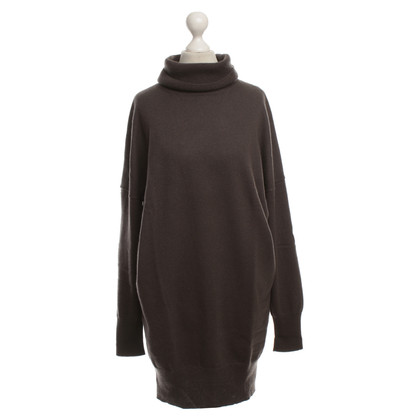 Iris von Arnim Cashmere sweater dress