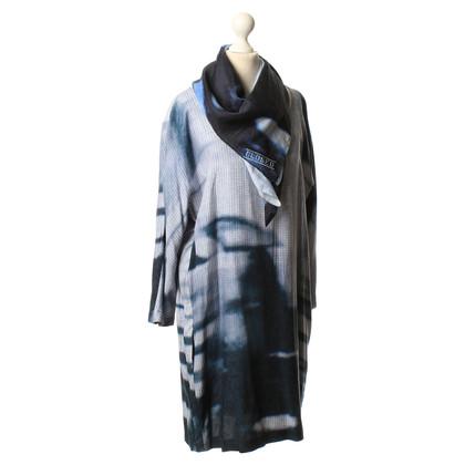 Closed Blauwe jurk met een doek