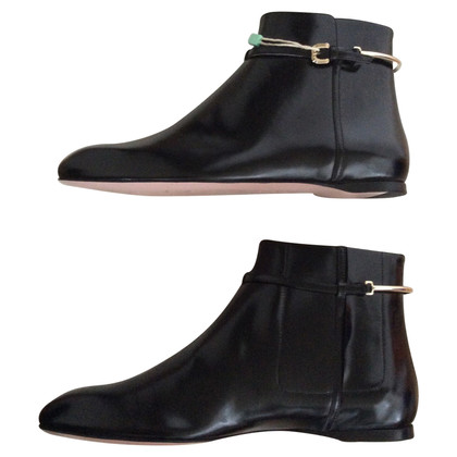 Nina Ricci Ankle Boots aus Leder