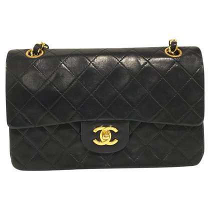 "Chanel ""F2358e7c Bb3e71dc"""