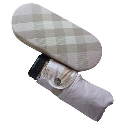 burberry nova check regenschirm second hand burberry nova check regenschirm gebraucht kaufen. Black Bedroom Furniture Sets. Home Design Ideas