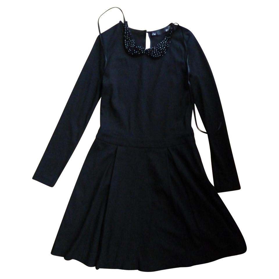 moschino love kleid in schwarz second hand moschino love kleid in schwarz gebraucht kaufen f r. Black Bedroom Furniture Sets. Home Design Ideas