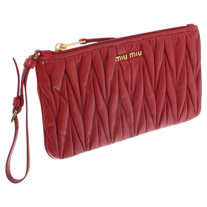 Miu Miu Clutch in Rot