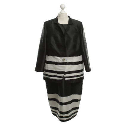 Marina Rinaldi Costume in Black / White