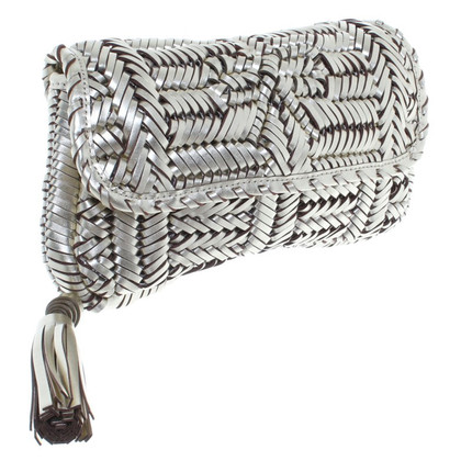 Anya Hindmarch Goldfarbene Clutch