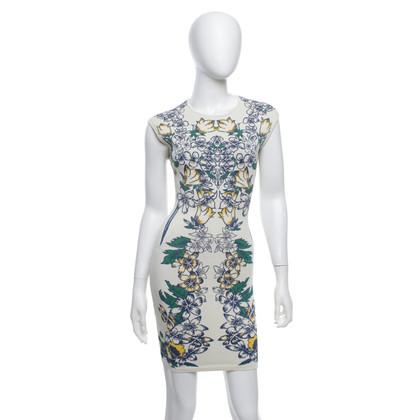 BCBG Max Azria Bodycon-Kleid in Creme