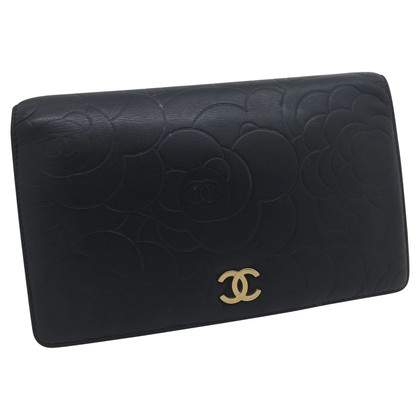 Chanel Camellia embossed wallet