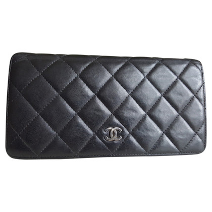 Chanel Chanel wallet in black leather