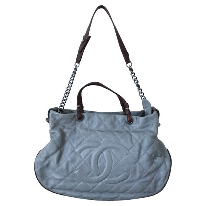 Chanel Country chic shoulder bag