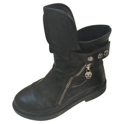 Alexander McQueen Biker boots in black