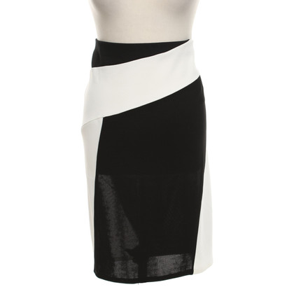 DKNY skirt in black and white