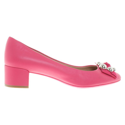 Salvatore Ferragamo pumps in rosa