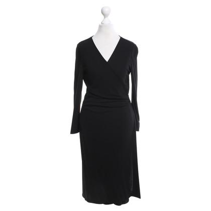 Diane von Furstenberg Wrap dress in black