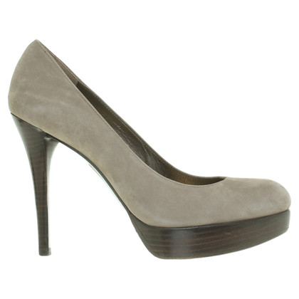 Stuart Weitzman Suede pumps in Gray