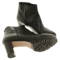 Strenesse Ankle boots in black
