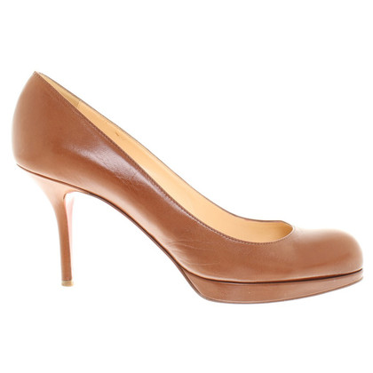 Christian Louboutin Pumps in Braun