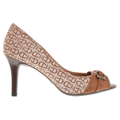 Aigner pumps met patroon