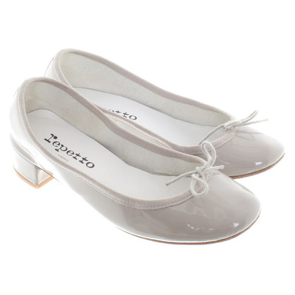Repetto pumps made of patent leather