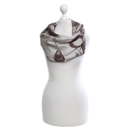 Friendly Hunting Silk scarf with pattern print