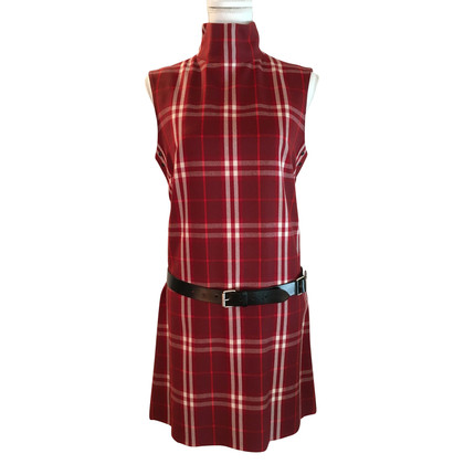 Burberry Red chek redone