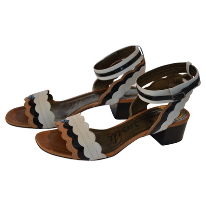 Lanvin Sandals in black and white