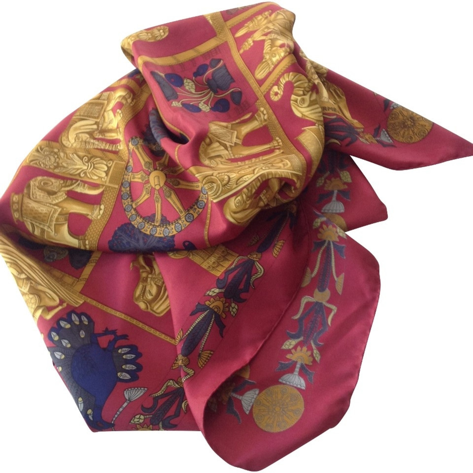 herm s silk scarf buy second hand herm s silk scarf for. Black Bedroom Furniture Sets. Home Design Ideas