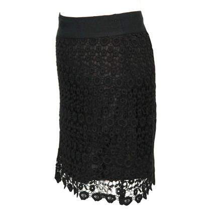 Reiss skirt in black