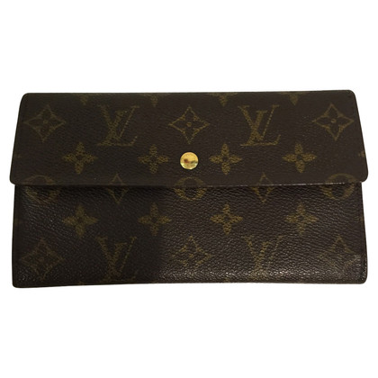 Louis Vuitton Wallet International