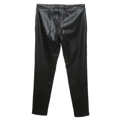 Guido Maria Kretschmer Faux leather pants in black