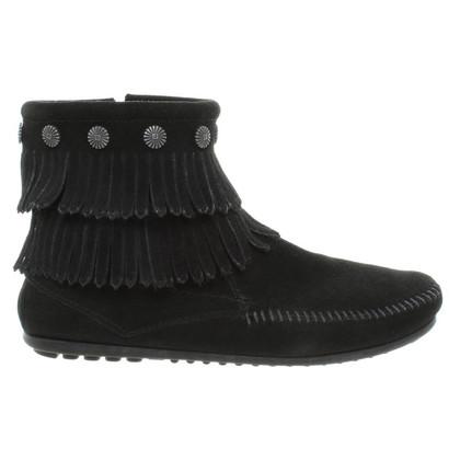 Minnetonka Ankle boots in black