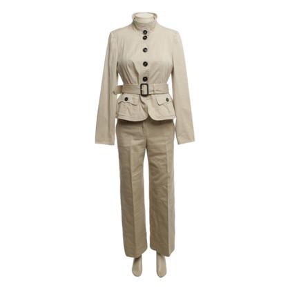 Burberry Pants suit in beige