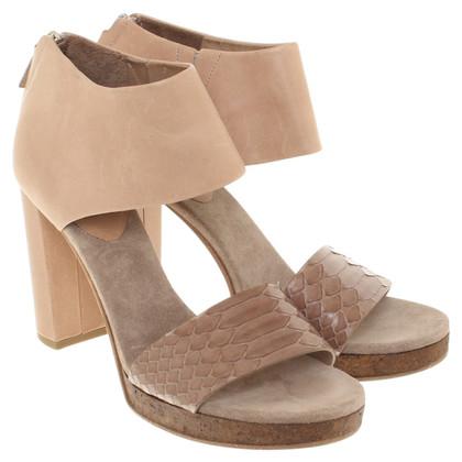 Brunello Cucinelli Sandals in beige