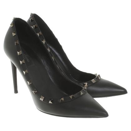 Valentino Rockstud pumps in black
