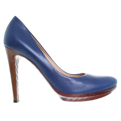 Bottega Veneta pumps in blu