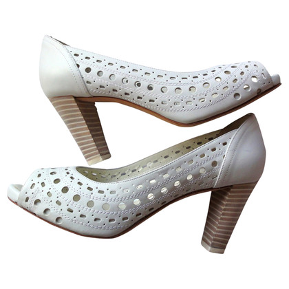 Baldinini White Peeptoes