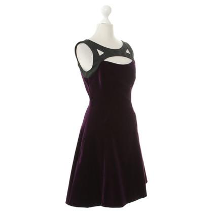 Karen Millen Samt-Kleid in Violett