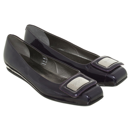 Roger Vivier Patent leather ballerinas