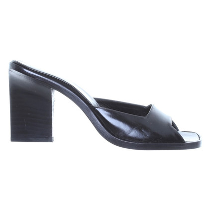 Gucci Sandals patent leather