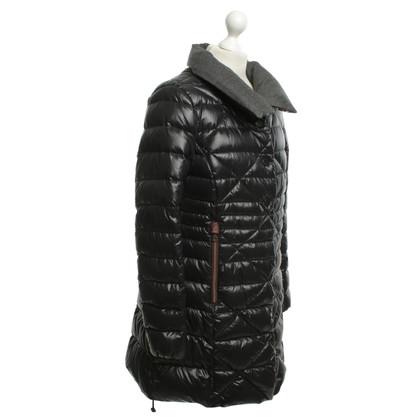 Duvetica Coat in zwart Beneden