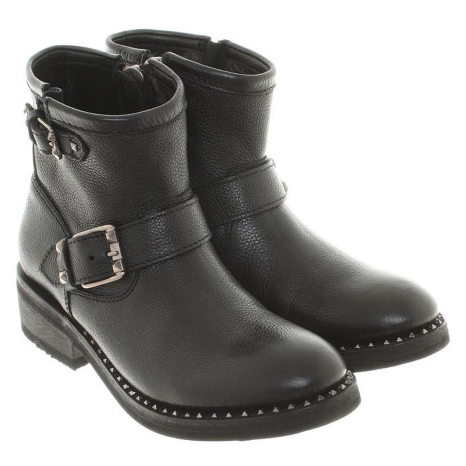 ash bottes en noir acheter ash bottes en noir second. Black Bedroom Furniture Sets. Home Design Ideas