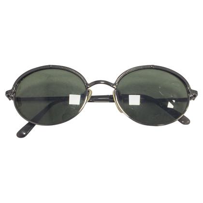Moschino Des lunettes de soleil
