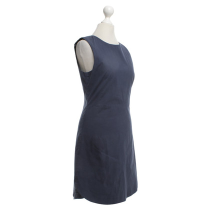 Theory Dress in blue