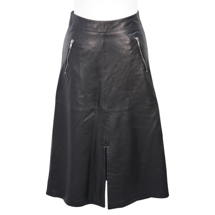Gestuz Leather skirt in black